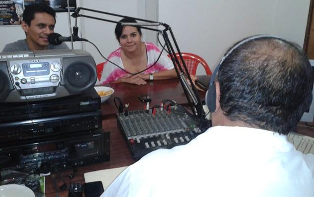 Arecio De León en el programa Música de Sensuntepeque 2014-08-22 20.41.48