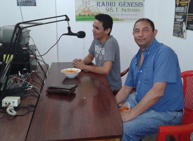 Arecio De León en el programa Música de Sensuntepeque 2014-08-22 20.43.10